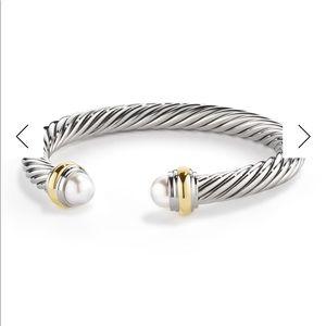 Authentic David Yurman Pearl bracelet